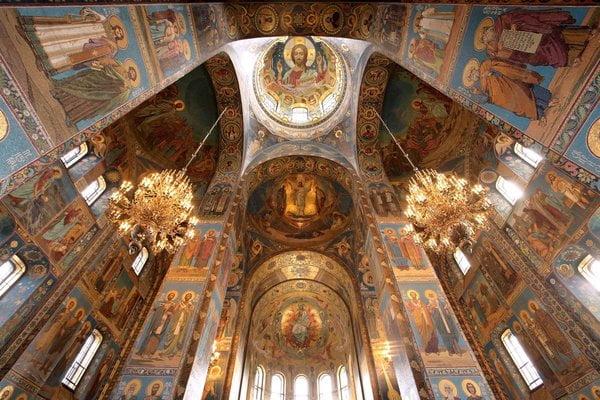 5 Nhà thờ Savior on Blood ở St. Petersburg, Nga
