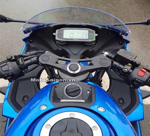 Moto-GSX150-1
